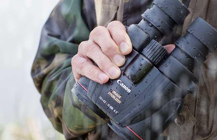 Canon 10×42L IS WP Binocular